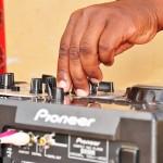 Coupé-décalé et «broutage», une relation de cause à effet en Côte d'Ivoire