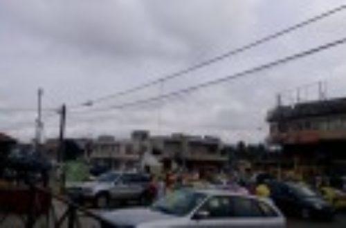 Article : A Abidjan, aux heures de pointe, le client perd sa couronne