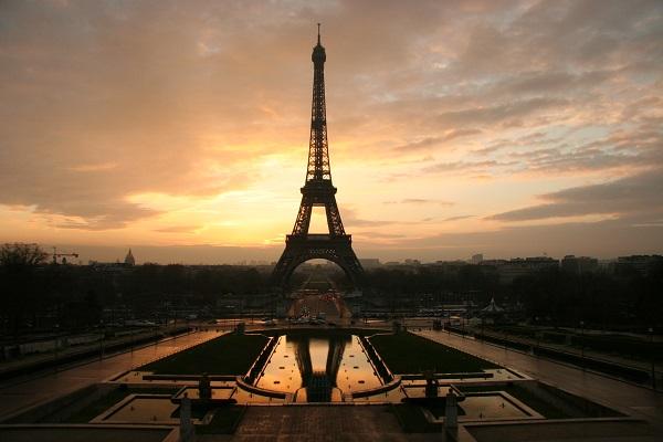 Tour-Eiffel-Paris-l'autreregard